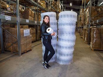 Obrázek z Fólie pro výrobu vzduchové výplně - bublinky - 30x30x4cm