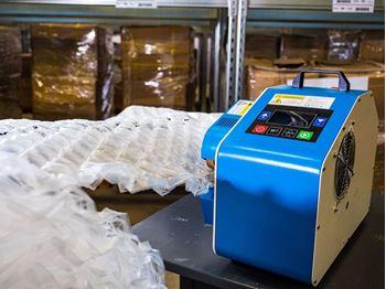Obrázek Fólie pro výrobu vzduchové výplně - bublinky - 30x50x4cm