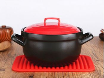 Obrázek Kuchyňská silikonová podložka - červená
