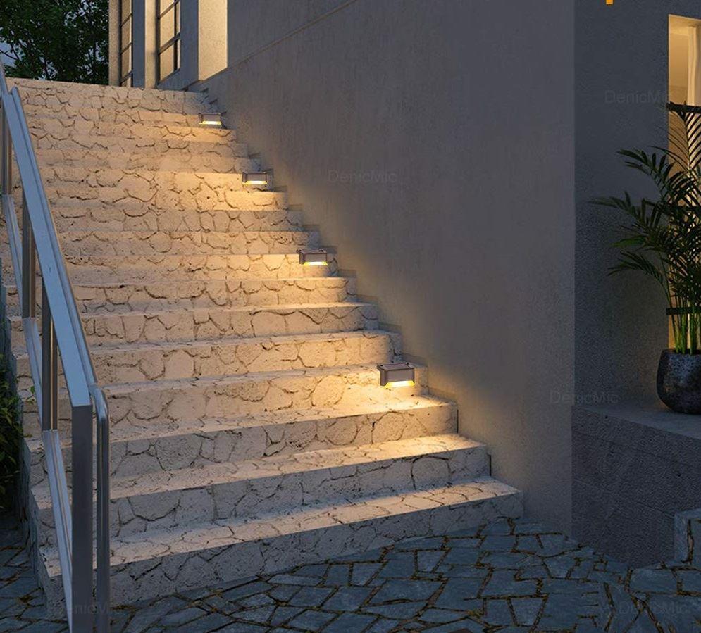 Solární světlo na schody
