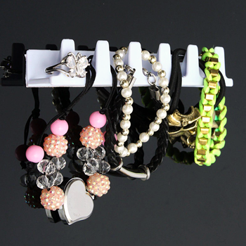 Obrázek Nalepovací věšáčky na šperky